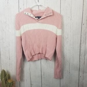 Tommy Hilfiger spell out crop top sweater XL